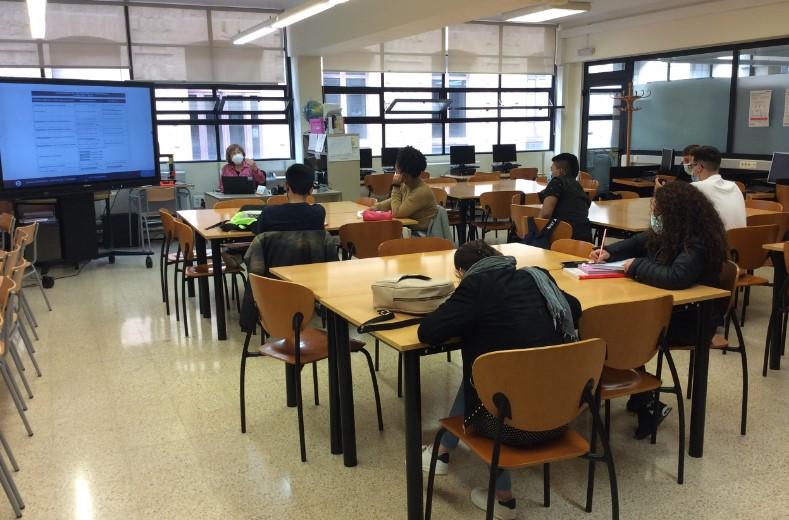 Imatge d'estudiants del GES 1
